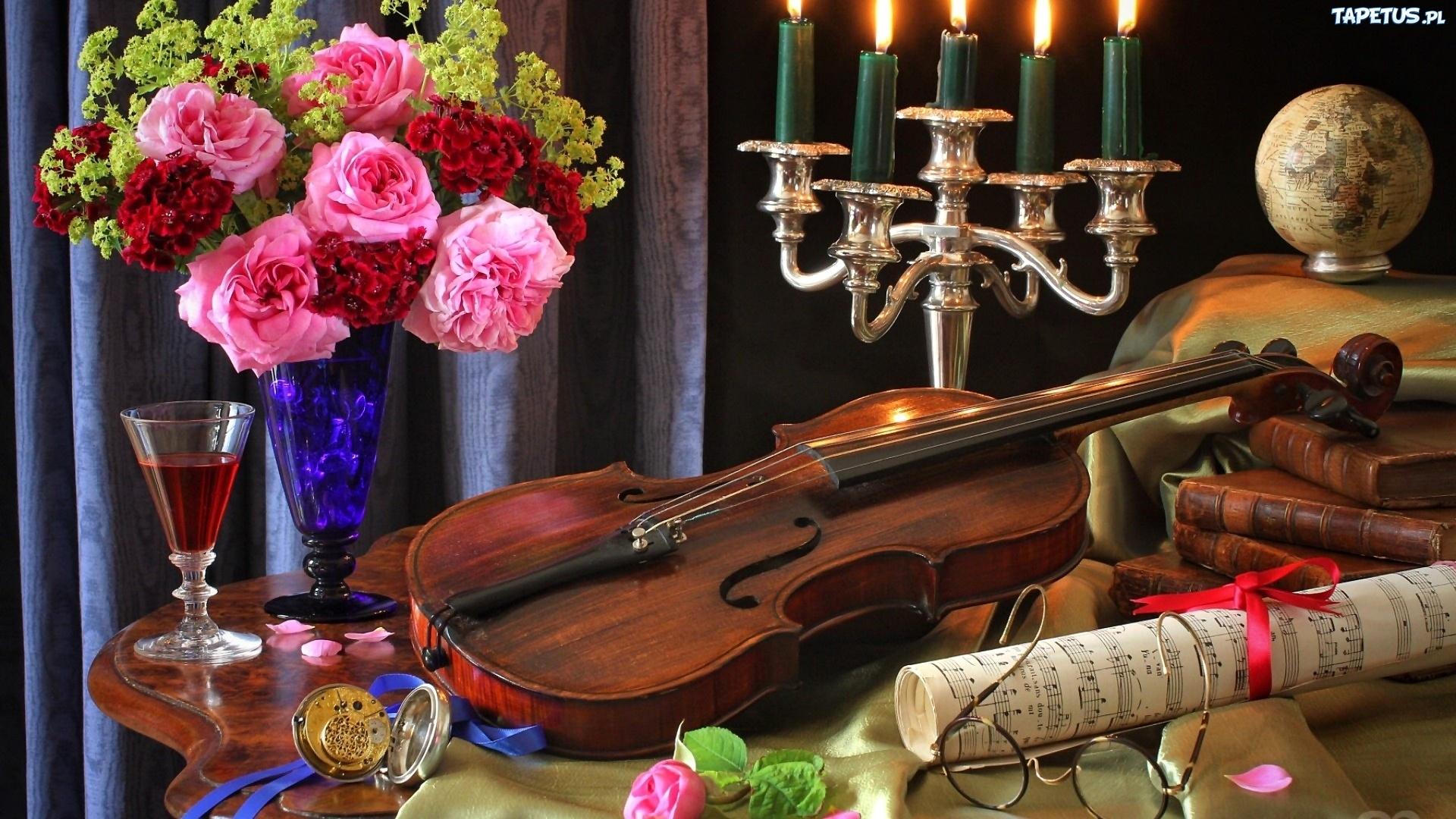 252541_skrzypce-bukiet-kwiaty-roze-wiecznik-nuty.jpg