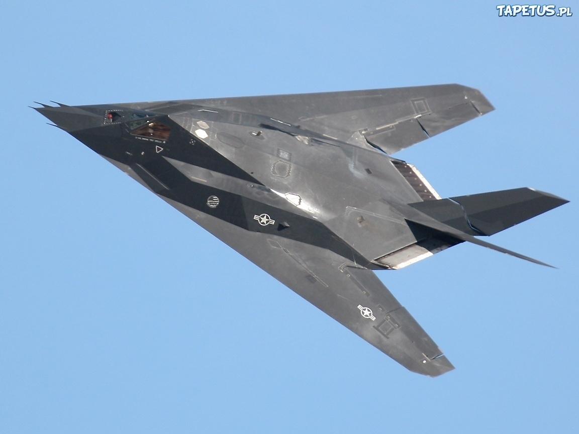F 117 Nighthawk At Night F-117 NIGHTHAWK on Pin...